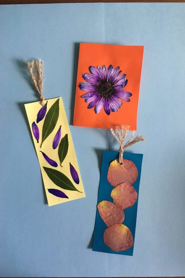 Pressed flower Projects: Card & Bookmarks